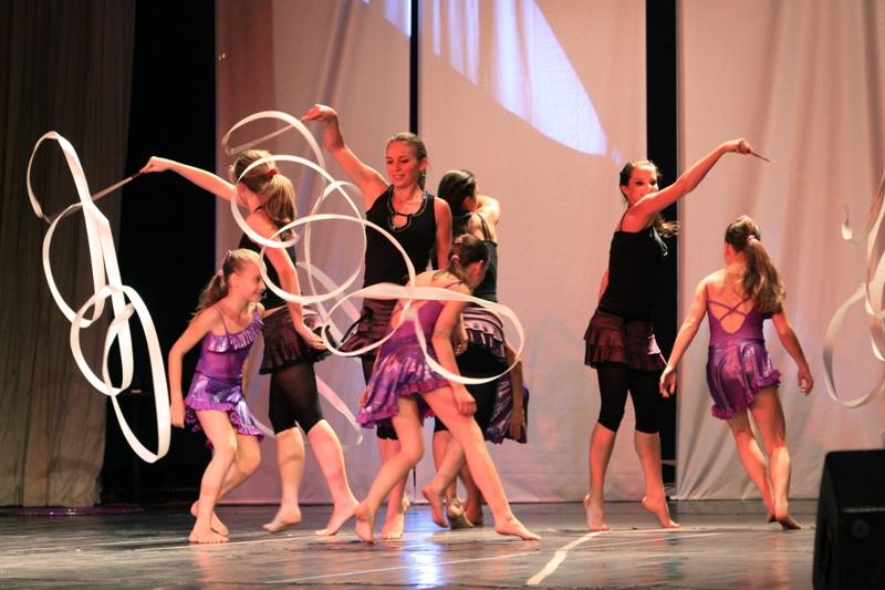 Felnőtt gyerek közös tánc